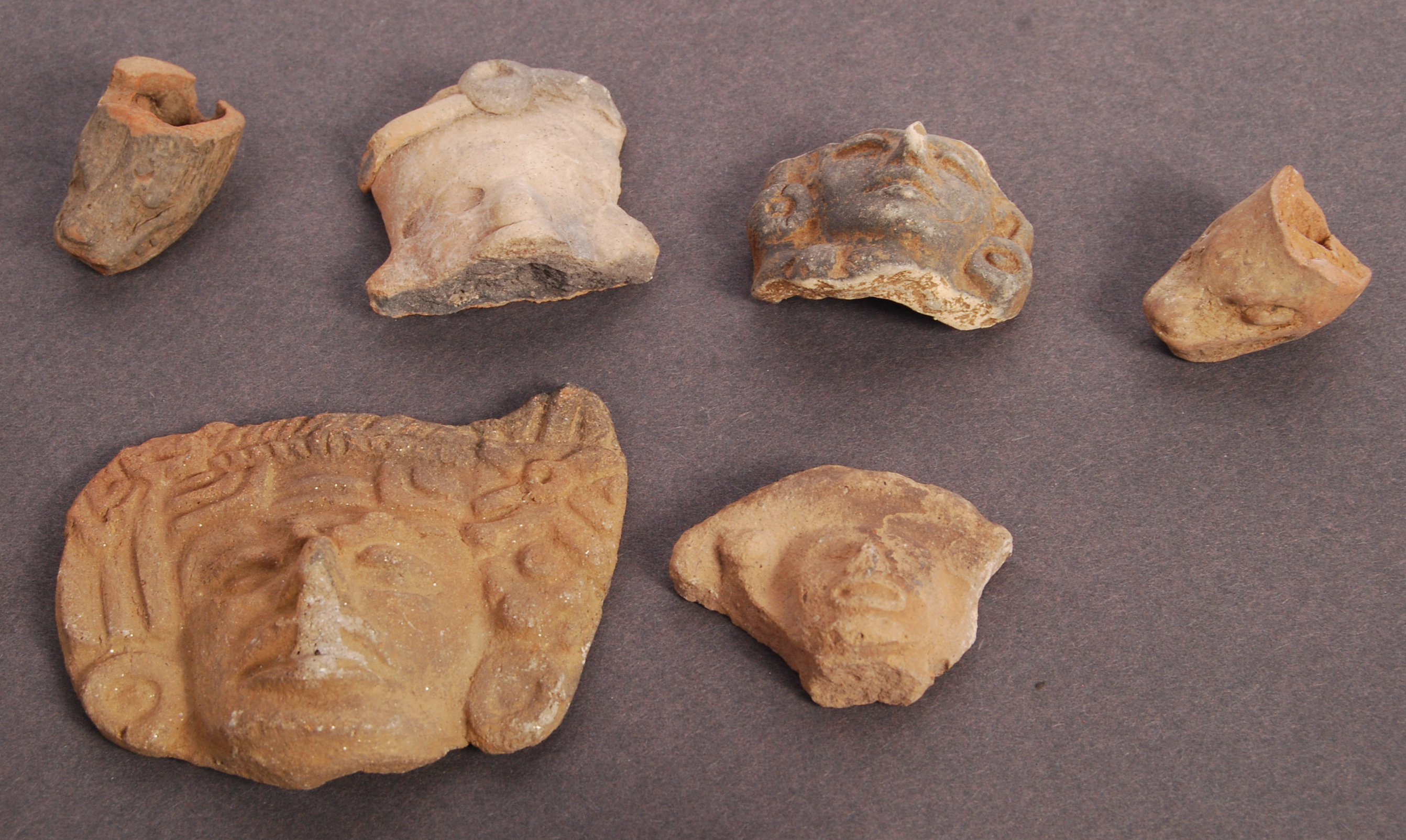Lot 431 - ASSOORTED PRE COLUMBIAN INCA POTTERY RELIC HEADS