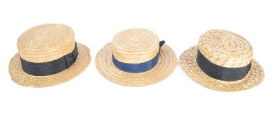 UNIFORMS AND FANCY DRESS - A COLLECTION OF EDWARDIAN STYLE STRAW BOATER HATS.