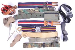 UNIFORM AND FANCY DRESS - A LARGE COLLECTION OF ARMY STYLE BELTS.