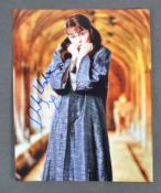 SHIRLEY HENDERSON - HARRY POTTER - AUTOGRAPHED 8X1