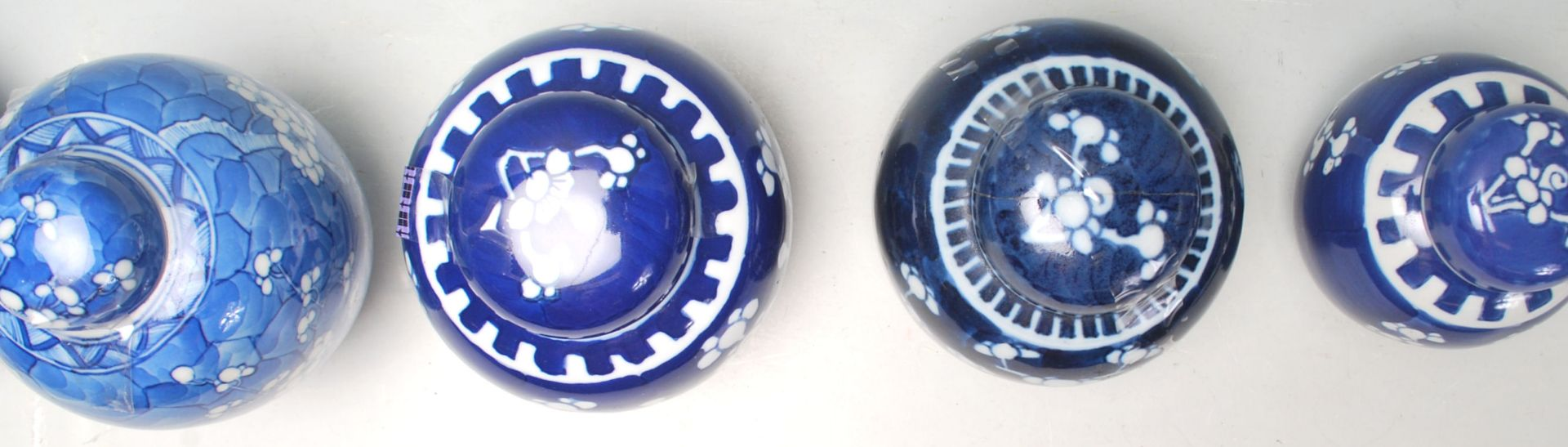 Los 110 - A group of 20th Century hand painted Chinese blue and white ginger jars of bulbous form al being
