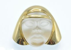 An Italian 18ct Gold & Carved Crystal Figural Pendant