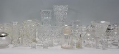 A mixed group of cut and pressed glass pieces dati