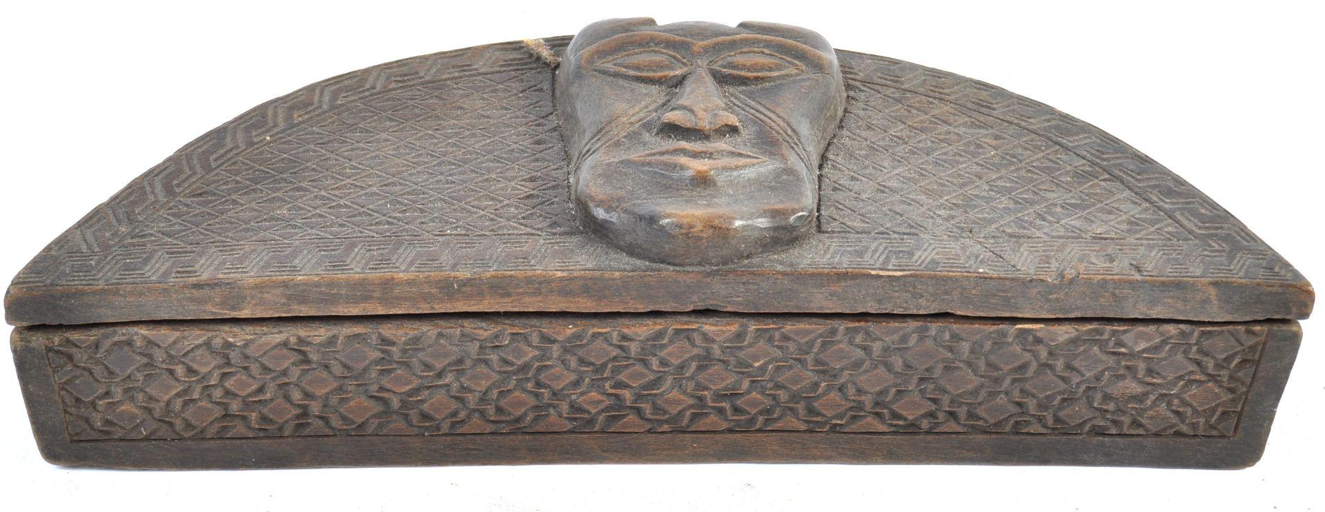 Los 369 - TRIBAL ANTIQUITIES - AFRICAN CONGO KUBA TUKULA HALF-MOON BOX