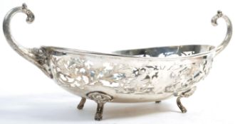 LARGE STG SILVER TWIN HANDLED CENTERPIECE BOWL