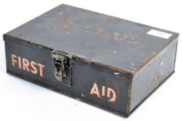 ORIGINAL WWII SECOND WORLD WAR FIRST AID BOX WITH