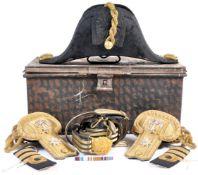 ORIGINAL BRITISH NAVAL OFFICERS BICORN HAT , EPAUL