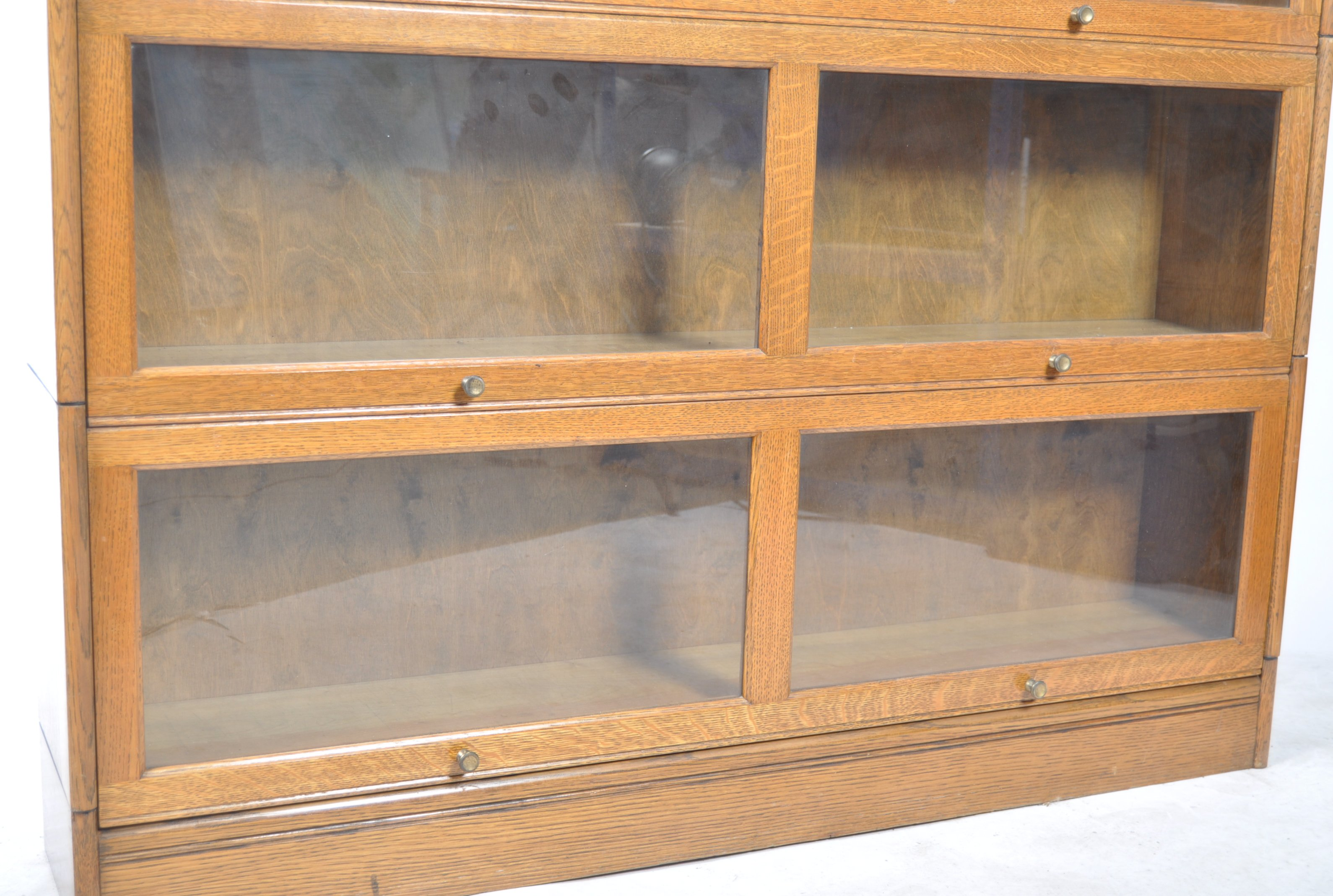 EARLY 20TH CENTURY FOUR SECTION LAWYERS STACKING BOOKCASE - Image 4 of 6