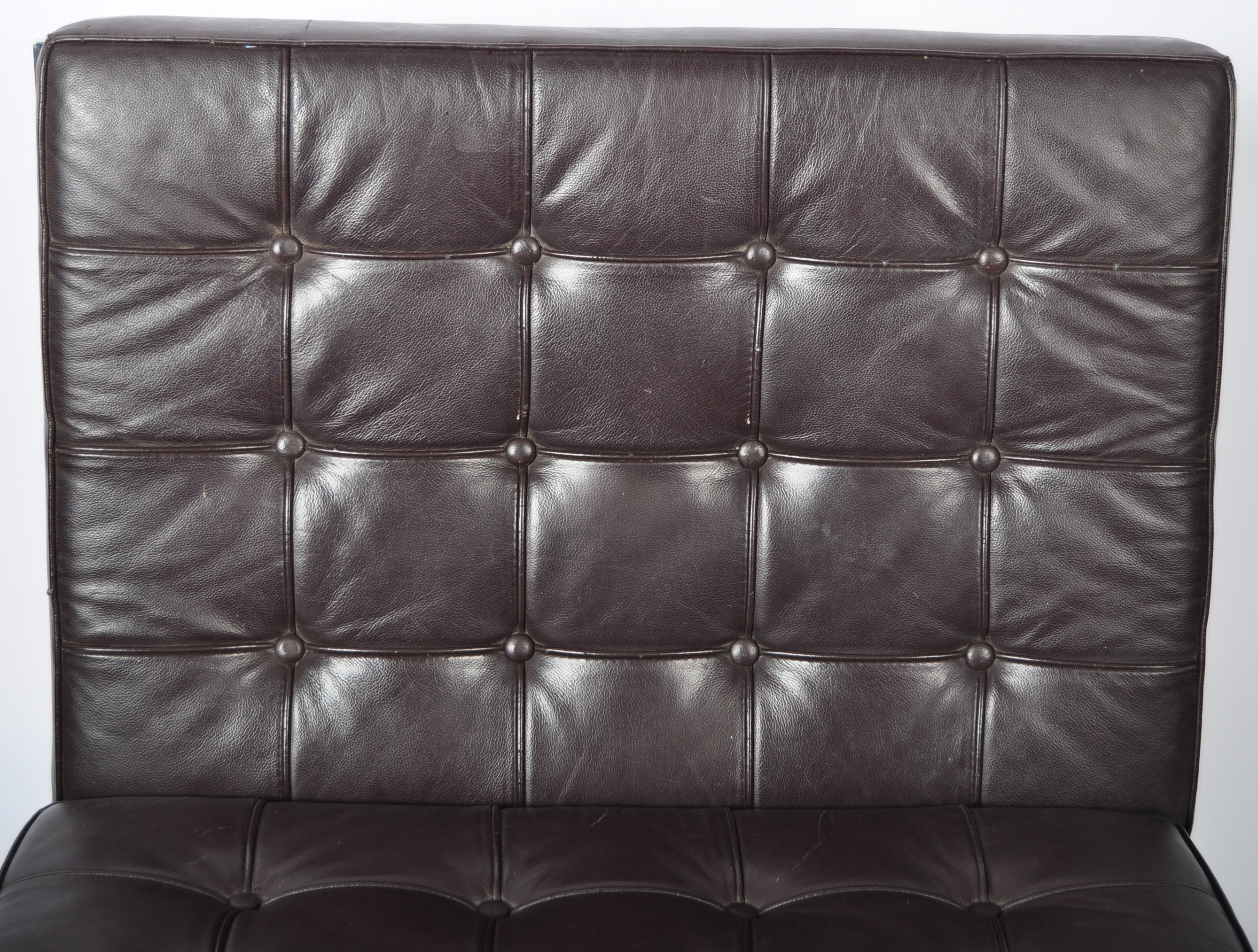 CHROME X-FRAME BARCELONA CHAIR IN BROWN LEATHER - Image 3 of 6