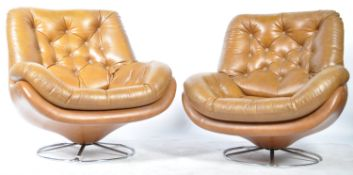 FABULOUS PAIR OF MID CENTURY EASY LOUNGE SWIVEL ARMCHAIRS
