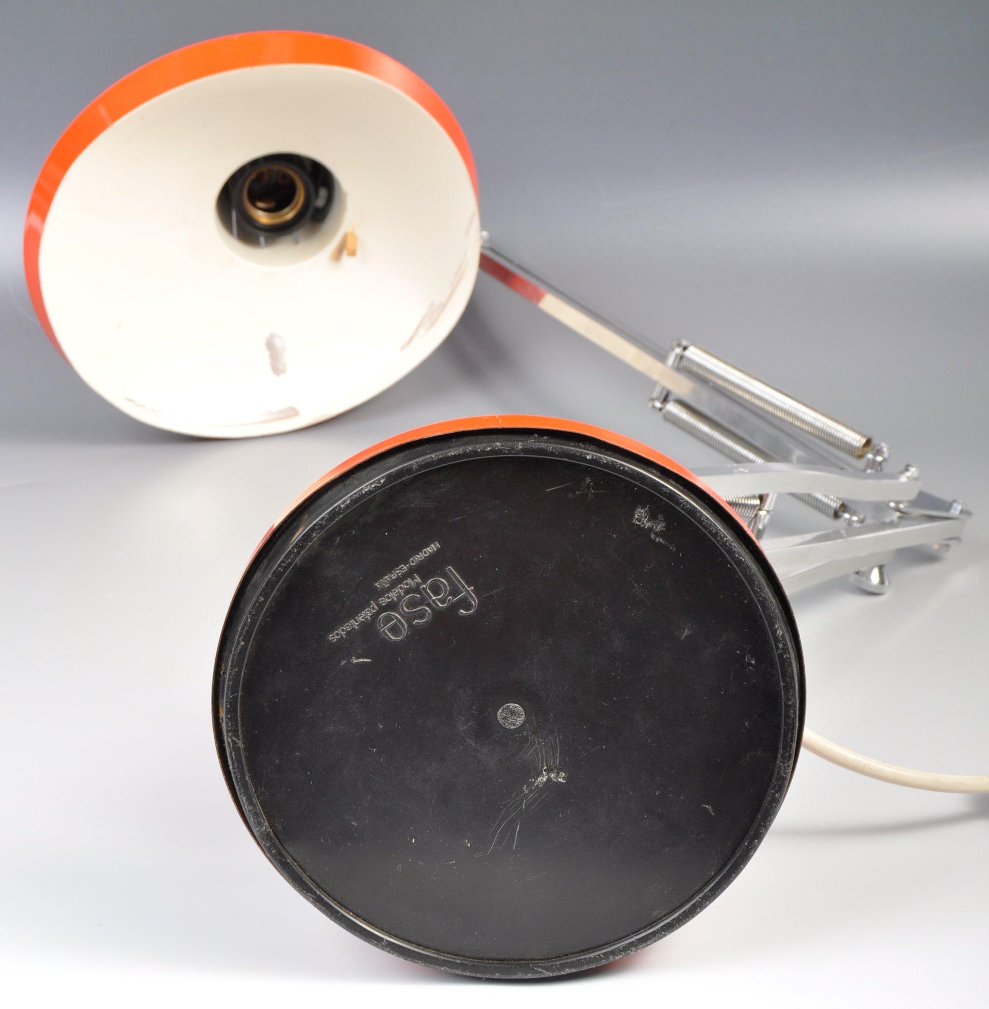 Lot 9 - FANTASTIC FASE MADE 1960'S CHROME AND ENAMEL ANGLEPOISE DESK LAMP