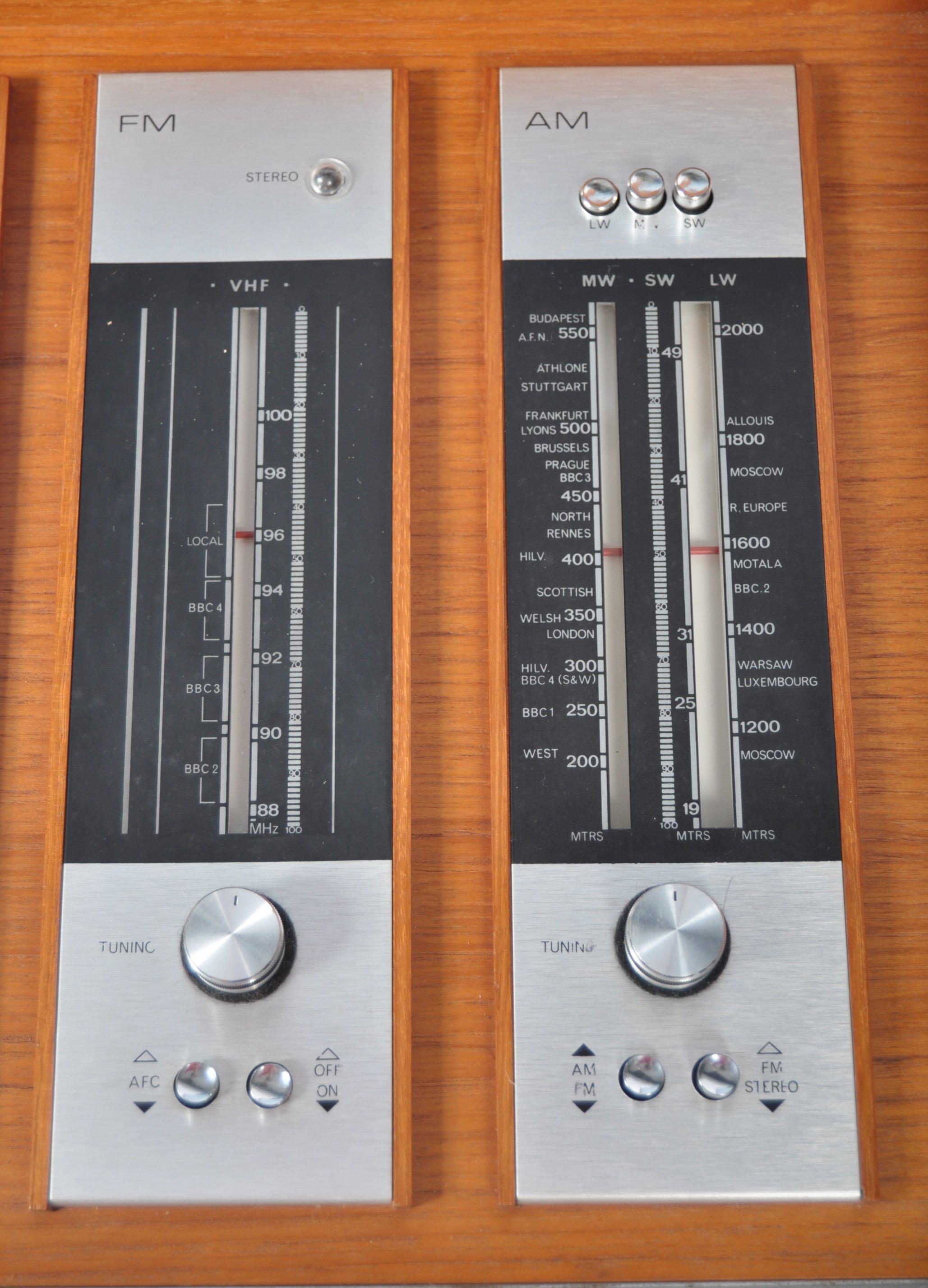STUNNING DECCA SOUND TEAK CASED AUDIO SYSTEM RAISED ON CHROME SUPPORTS - Image 5 of 8