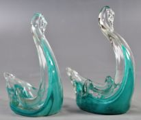 PAIR OF RETRO TURQUOISE GLASS TABLE SALTS / TRINKET DISHES IN THE FORMS OF SWANS