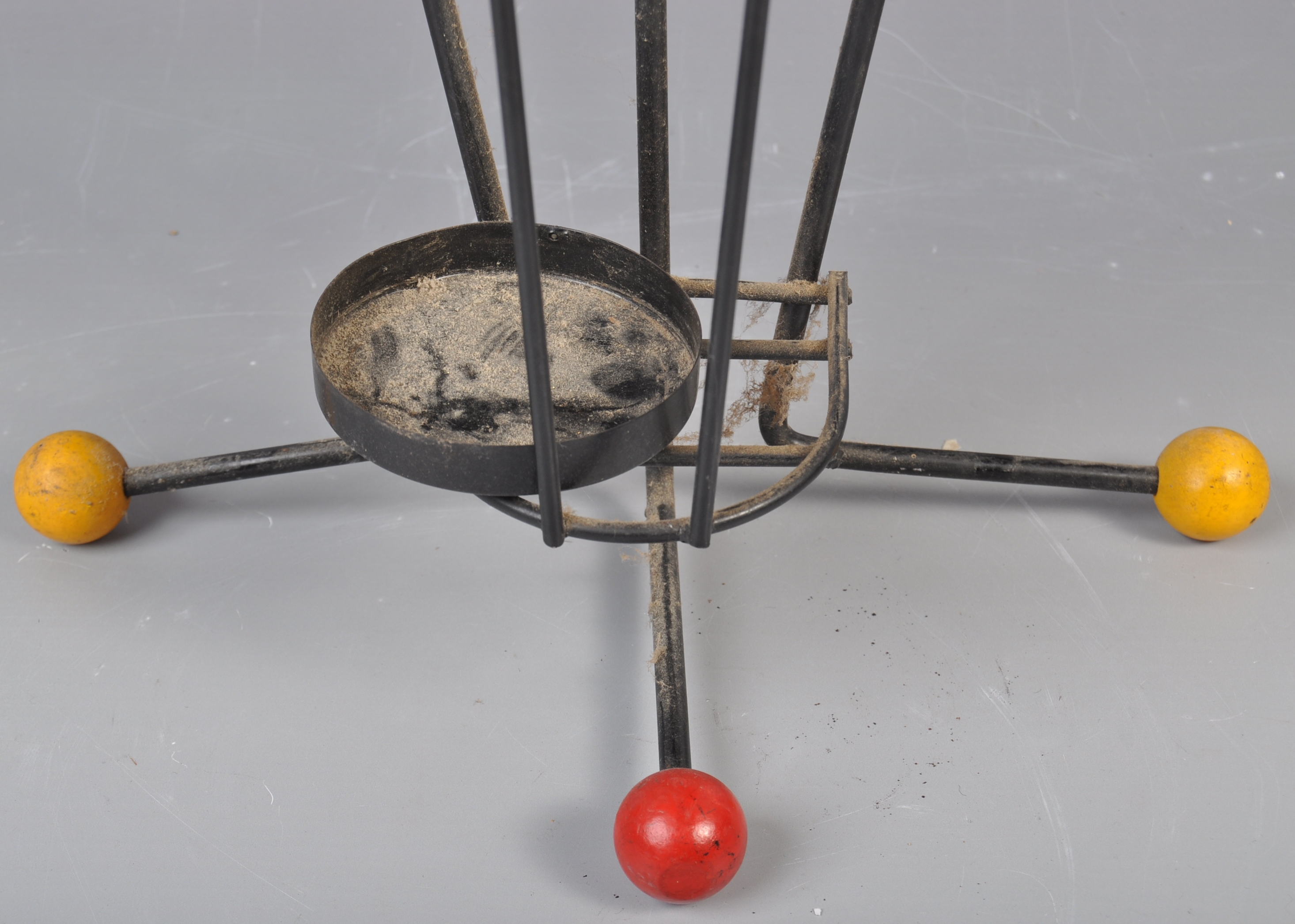 Lot 29 - MID CENTURY WIRE WORKED STICKSTAND IN THE FORM OF AN UMBRELLA