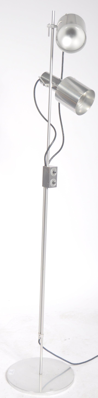 Lot 22 - ORIGINAL 20TH CENTURY RETRO FLOOR STANDING TWIN SPOTLIGHT LAMP