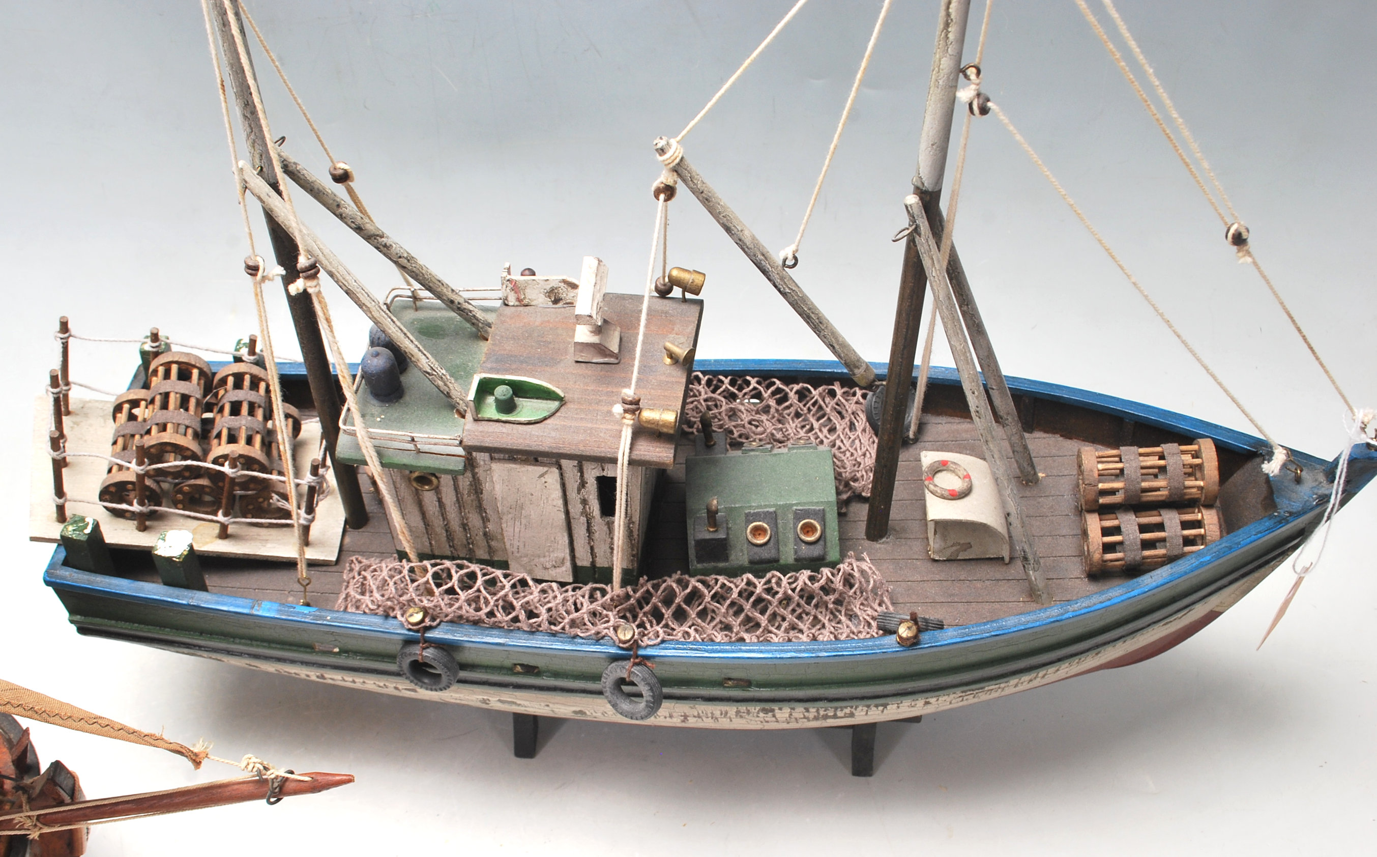VINTAGE SCRATCH BUILT TOY SAILING BOATS - Image 2 of 7