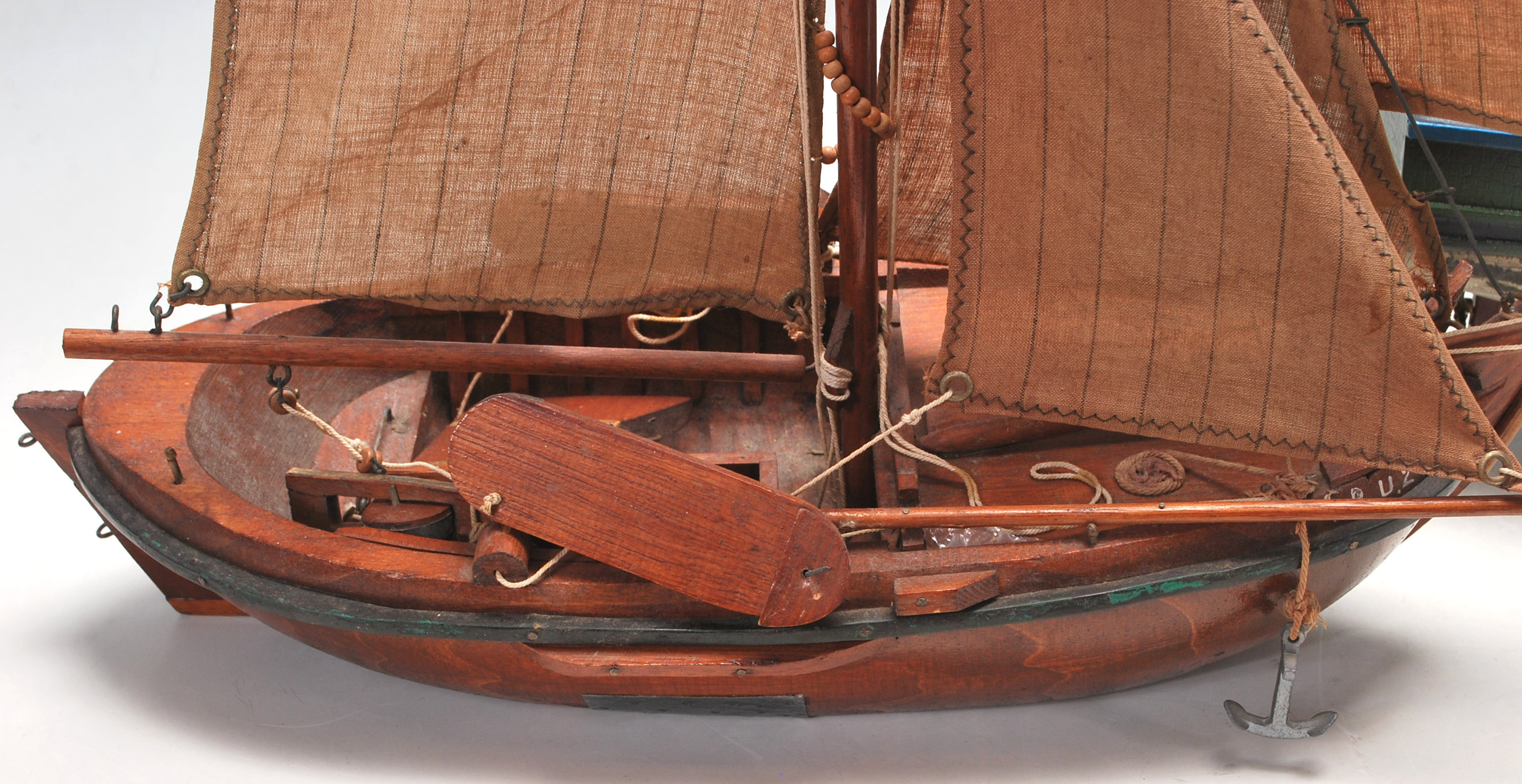 VINTAGE SCRATCH BUILT TOY SAILING BOATS - Image 3 of 7