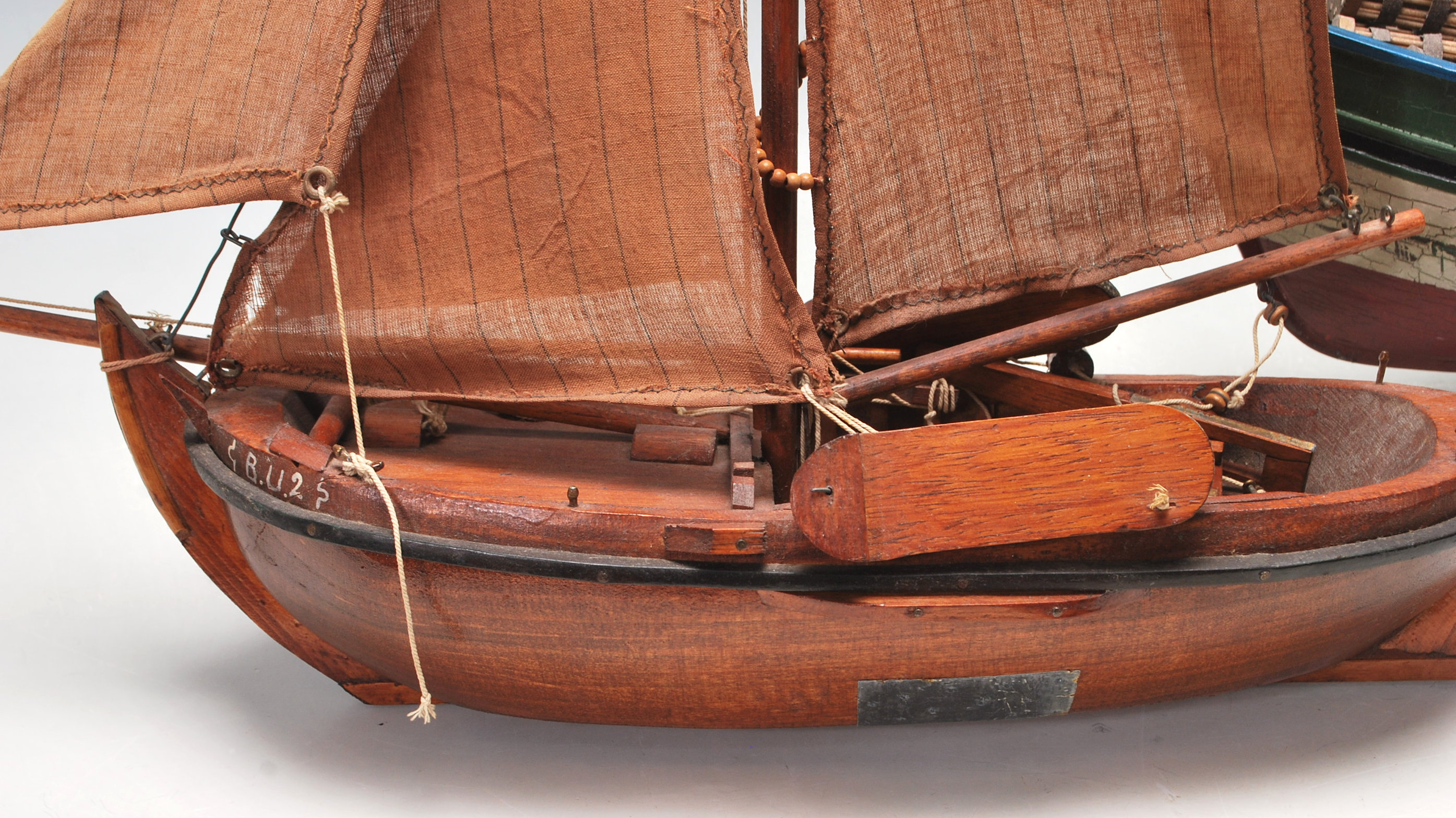VINTAGE SCRATCH BUILT TOY SAILING BOATS - Image 6 of 7