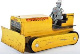 RARE SAUNDERS USA TINPLATE ' MARVELOUS MIKE ' ROBOT TRACTOR