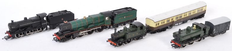 COLLECTION OF 00 GAUGE MODEL RAILWAY LOCOMOTIVES