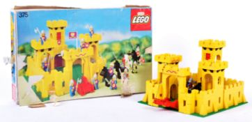 RARE VINTAGE LEGO KNIGHTS SET NO. 375 ' CASTLE ' WITH BOX