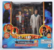 JULIAN GLOVER DOCTOR WHO - AUTOGRAPHED ACTION FIGU
