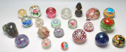 COLLECTION OF VINTAGE STUDIO ART GLASS PAPERWEIGHTS