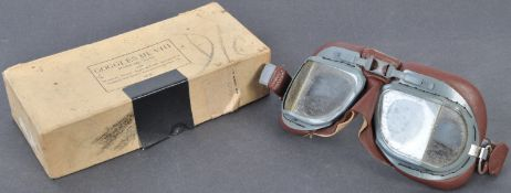 PAIR OF ORIGINAL SECOND WORLD WAR BRITISH RAF FLYING GOGGLES