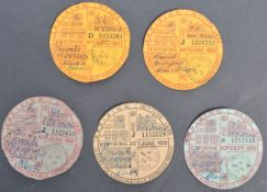 COLLECTION OF 1930S & 1940S TAX DISCS TO A MORRIS OXFORD