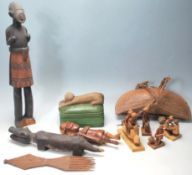 COLLECTION OF WOODEN TRIBALE CARVED ITEMS - FIGURI