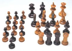 EARLY 20TH CENTURY FRENCH CHESS PIECES