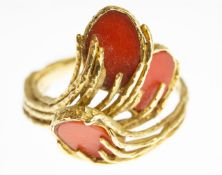 18ct Gold & Coral Ring