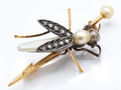 19th Century 18ct Gold & Pearl French Bee Brooch Pin