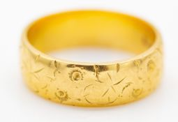 22ct 1963 Hallmarked Birmingham Gold Band Ring