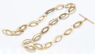 A Hallmarked 9ct Gold Fancy Chain Necklace