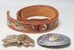 VINTAGE AMERICAN TAN BROWN LEATHER BELT AND METAL BUCK WITH AMERICAN INDIAN DECORATION