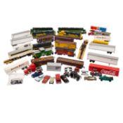 ATLAS/LIMA/WIKING u.a. Konvolut Lokomotiven, Güterwagen u. Modellfahrzeuge, Spur H 0, bestehend aus