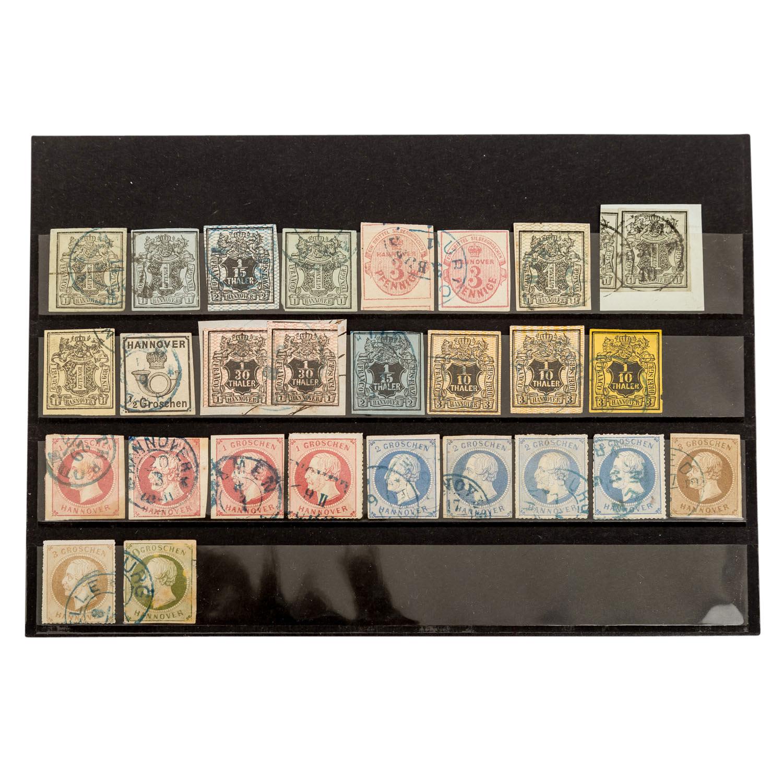 Lot 1411 - Altdeutschland - Hochwertige Zusammenstellung auf 8 großen Steckkarten,dabei z.b. Württemberg 18
