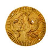 Goldblechappliaktion - dünnes rundes Goldblech 19./20.Jh,Motiv geflügeltes Fabelwese