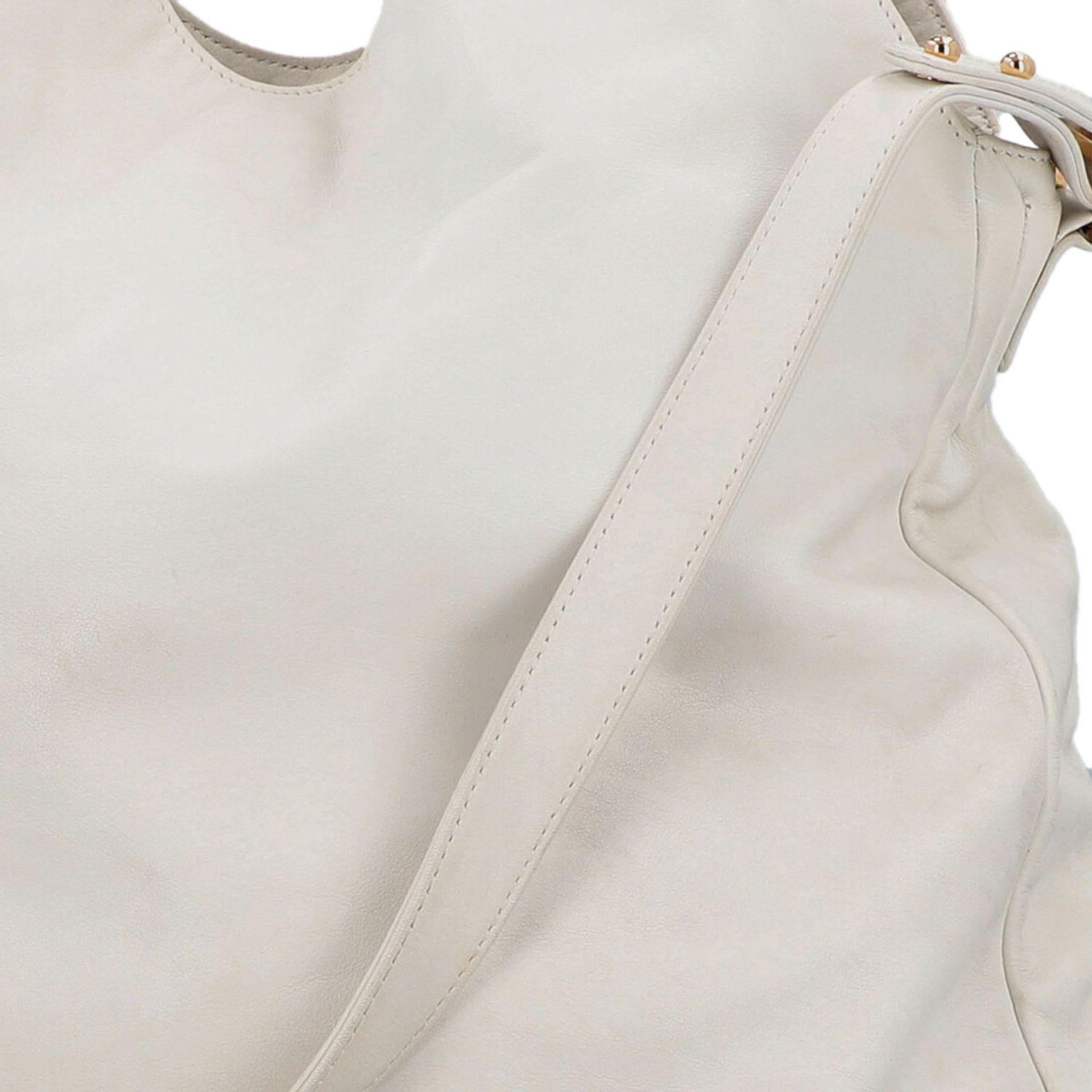 CHANEL Shoppertasche, Koll. 2006/2008.Hobo Bag aus weißem Leder mit goldfarbener Hardware, Front mit - Bild 7 aus 8