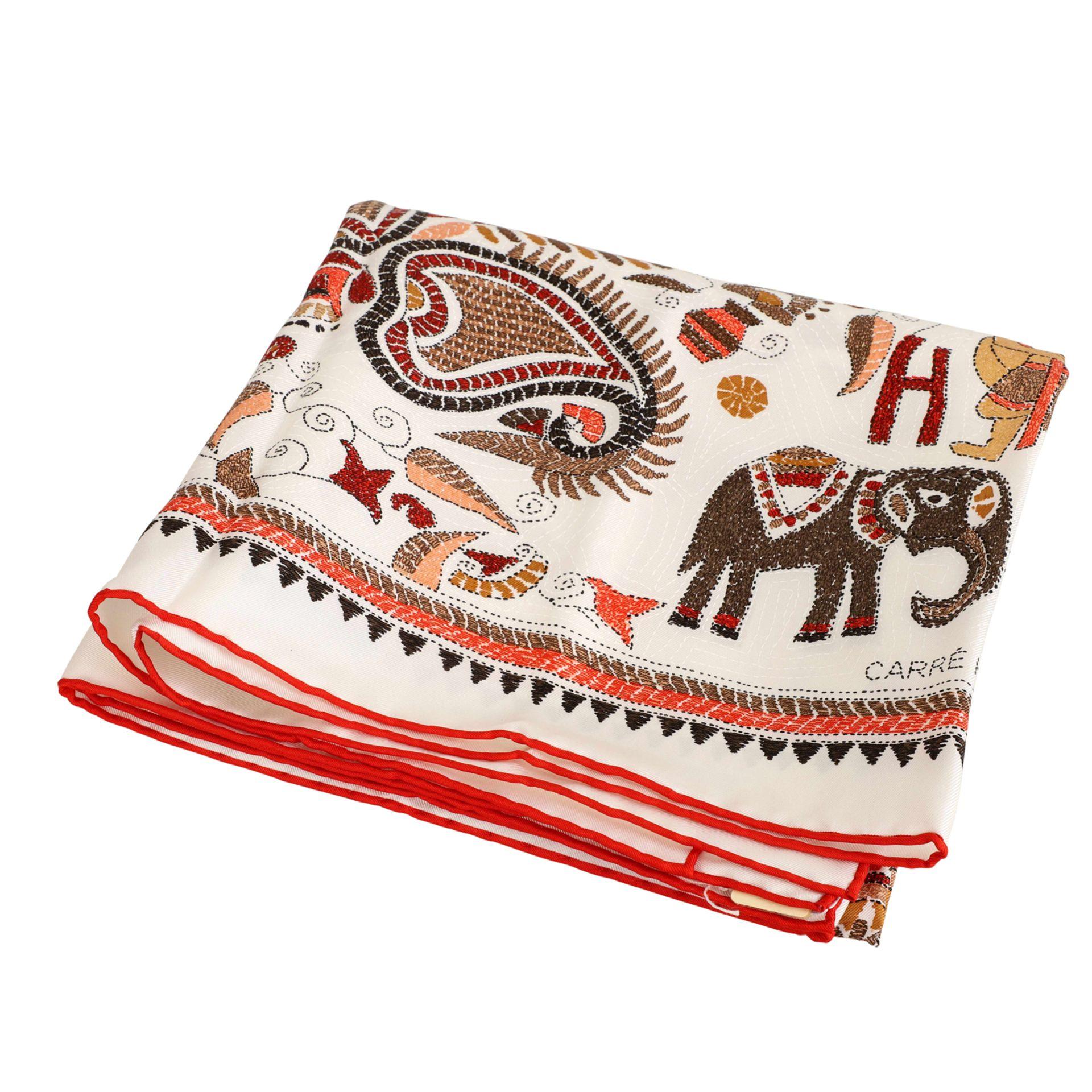 """HERMÈS Seidencarré """"CARRÉ KANTHA"""",inspiriert von traditionellen, indischen Mustern, Entwurf von - Bild 2 aus 2"""