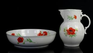 Royal Worcester wash jug and bowl decorated with poppies, Royal Doulton swan with cygnets, Country