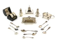 George V silver salt in the form of a miniature entree dish and cover, by Harrison Brothers &