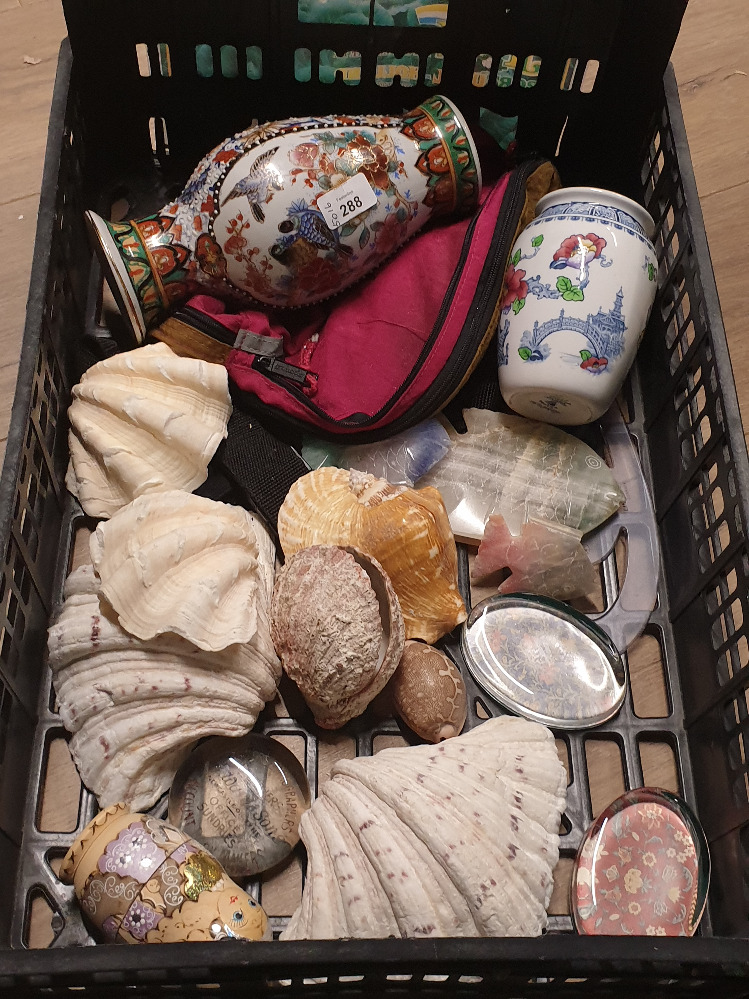 Lot 288 - A CRATE CONTAINING A LARGE QUANTITY OF SEA SHELLS AND CHINESE VASES ALABASTER FISH ETC