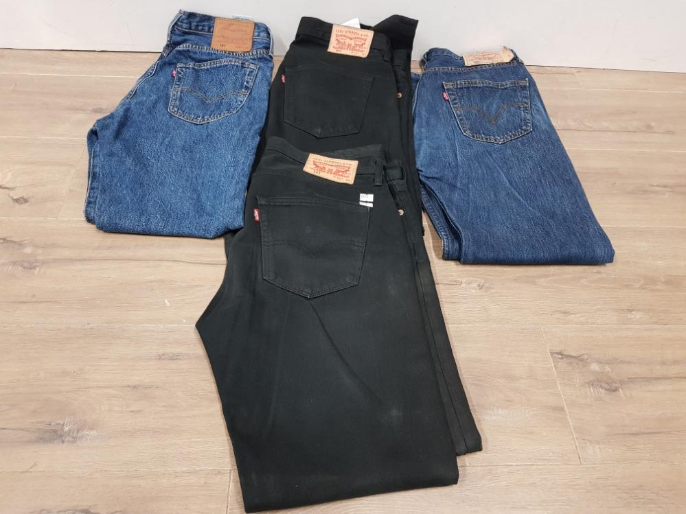 Lot 341 - 4 PAIRS OF LEVI'S JEAN'S 2 BLACK 2 BLUE SIZE W33 L34