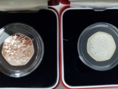 2 SILVER PROOF 50 PENCE COINS INCLUDING 1998 25 YEAR EEC 25,000 MINTAGE RARE AND 1994 DDAY