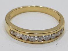18CT YELLOW DIAMOND HALF ETERNITY RING, 2.8G SIZE M