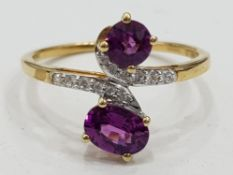 10CT YELLOW GOLD RING WITH TWIN AMETHYSTS AND DIAMONDS, 1.7G GROSS SIZE Q
