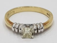 9CT YELLOW GOLD DIAMOND PRINCESS CUT SOLITAIRE RING, 2.5G SIZE M