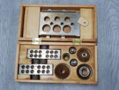 MAW LONDON 15 GRAIN BULLET MAKER, COMPLETE IN ORIGINAL WOODEN CASE